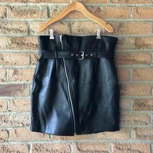 [BLANKNYC] | Black vegan leather high rise zipper detailed fall pencil skirt